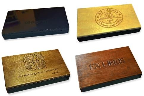 Drewniane pudełka do pieczątek ex libris.