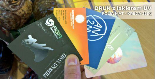 Ekskluzywne wizytówki z lakierem UV w Toruniu.